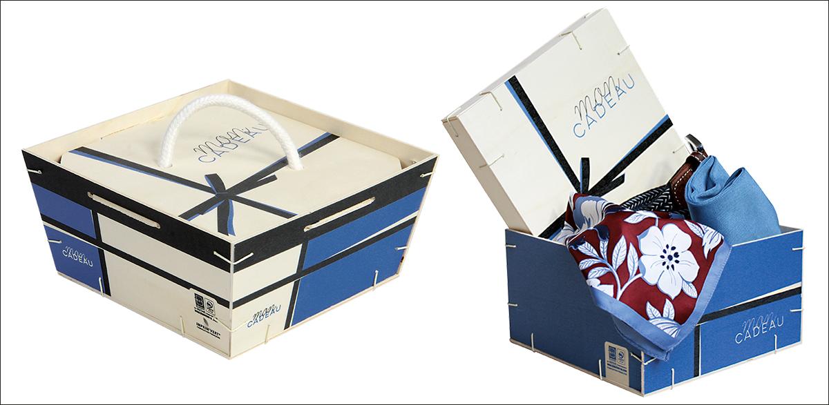 Boîte carrée en bois cadeau